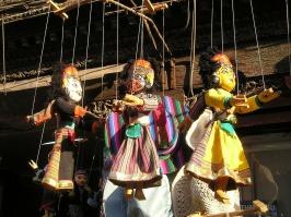nepal-400_1280, http://pixabay.com/en/nepal-dolls-figures-colorful-400/